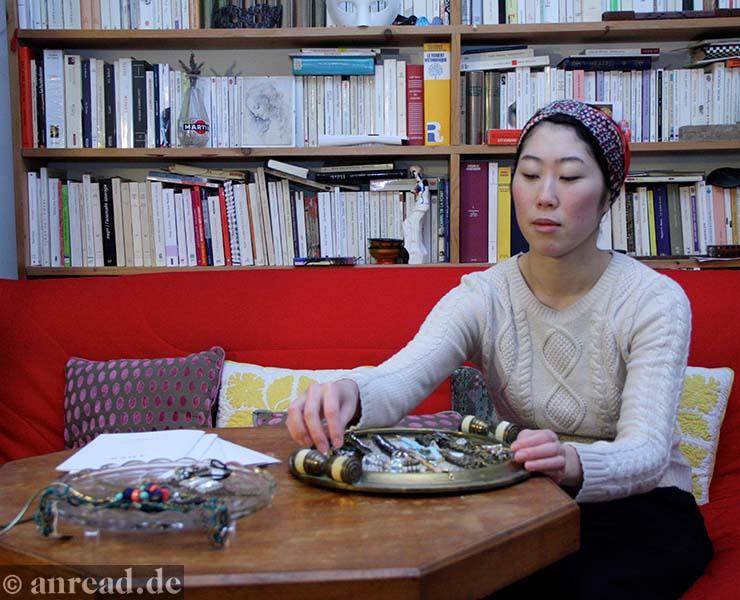 Eri Tomita in ihrem Pariser Atelier (Foto: Anna Pietschmann)