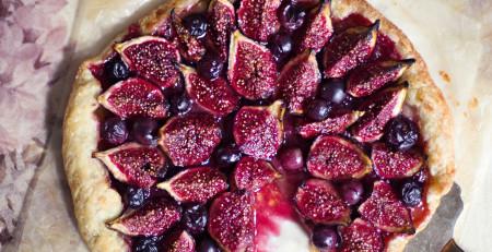 Rezept: Galette mit Feigen und Roten Trauben (Foto: Kathrin Koschitzki)